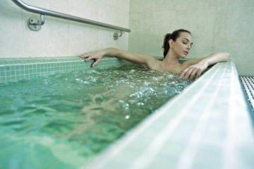 Ванна минеральная (хлоридно-натриевая)