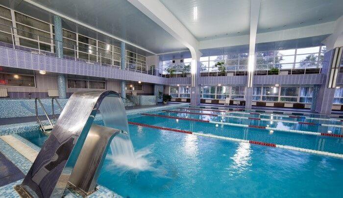 Нарочь - санаторий Беларуси с бассейном